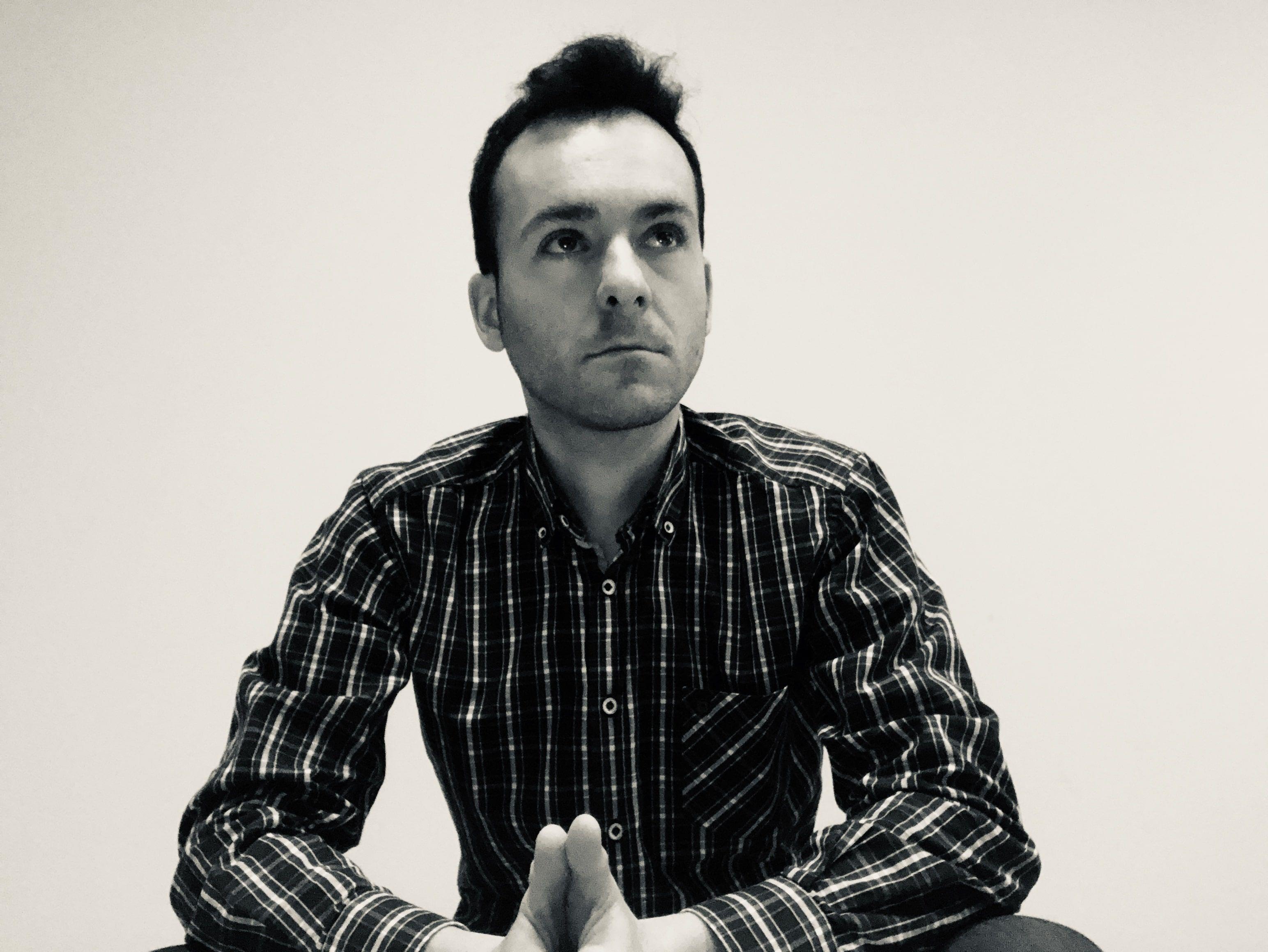 Rubén Diego Carrera presenta su nueva página web profesional.